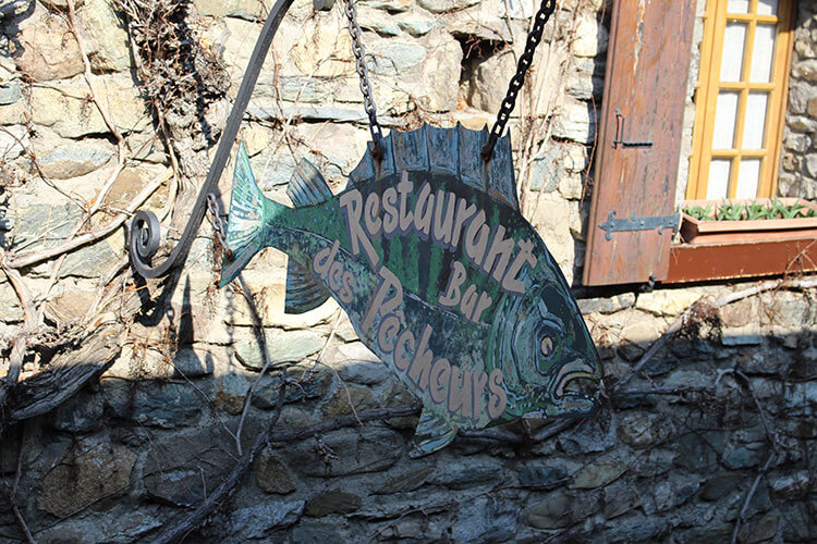 Enseigne poisson Restaurant des pêcheurs